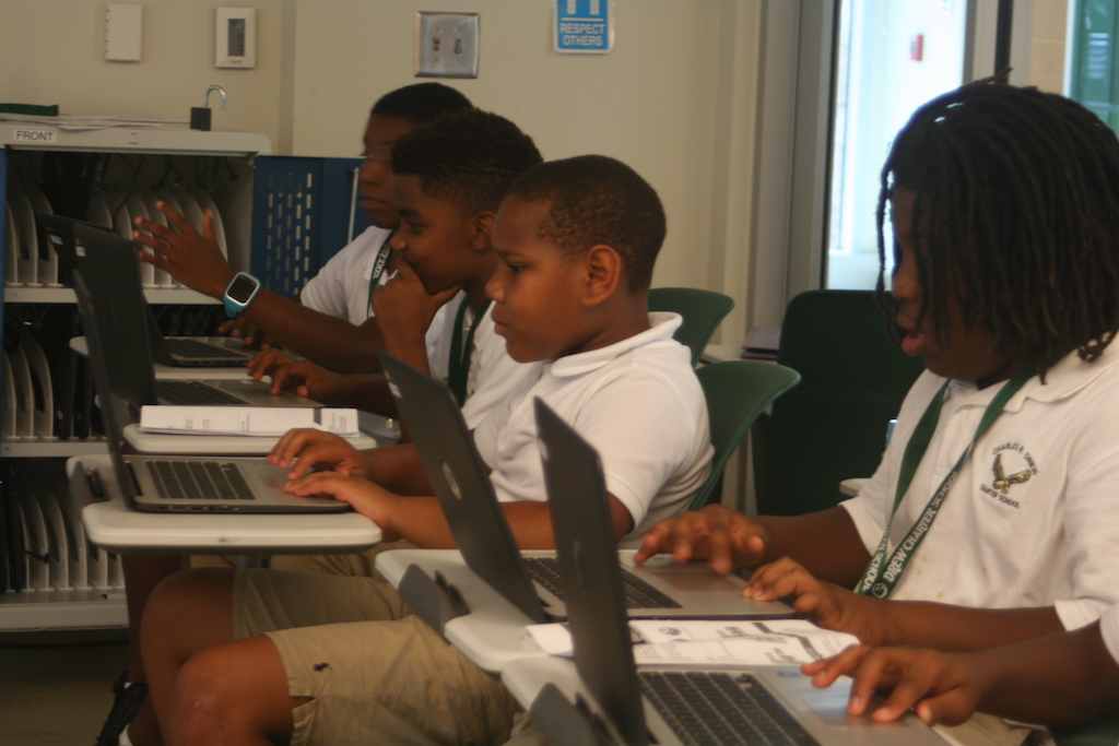 honorCode students learning how to code. Photo by Dylan Stone-Miller.