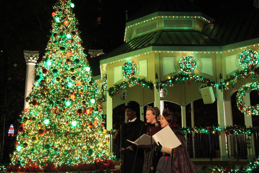 Your Guide to Atlanta\'s Best Holiday Lights - ChooseATL
